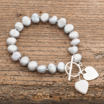 Grey Pearl Bracelet with Hearts