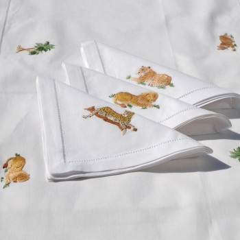 Safari Table Runner and Six Napkins